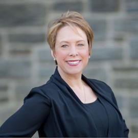 Tracey Borgstrom Passionate & Knowledgable Staff